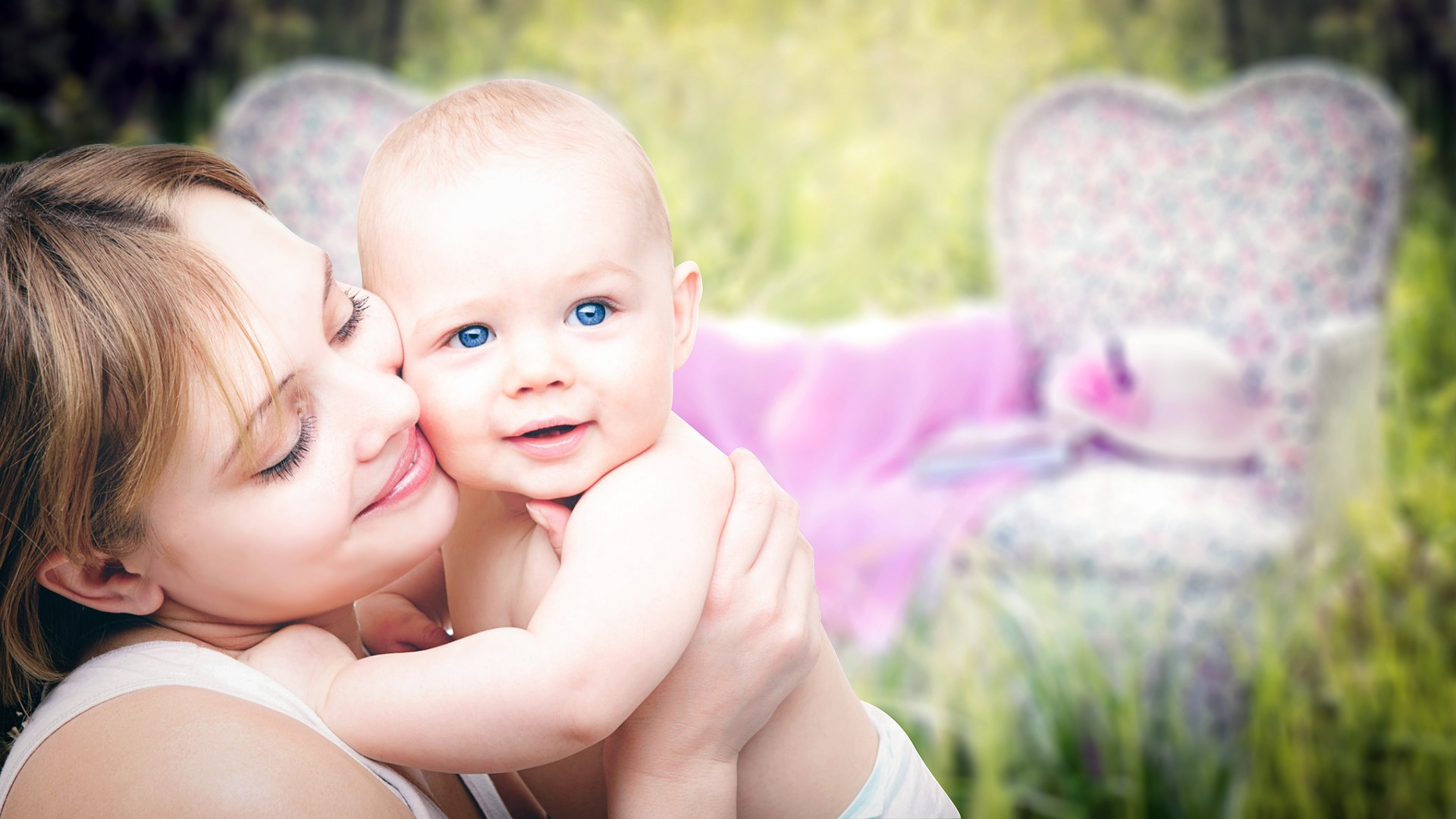 nutritionist mom and baby