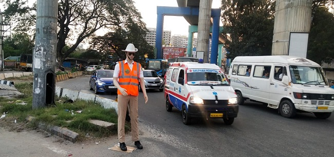 AI Mannequins as New Traffic Enforcers in India