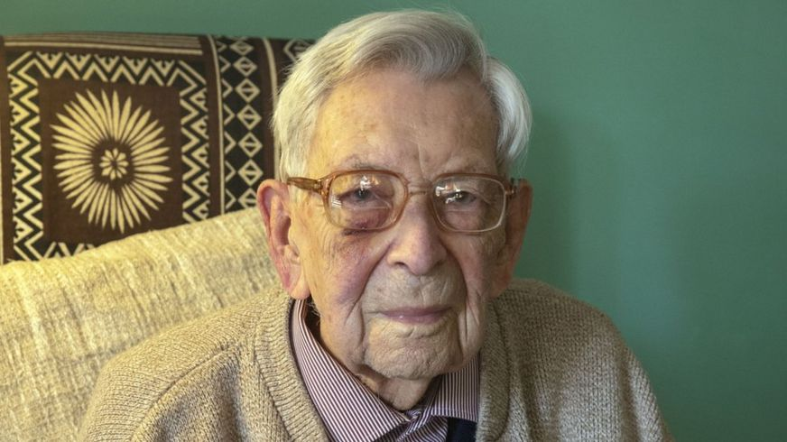 OLDEST Living Man Celebrates His Birthday while Social Distancing
