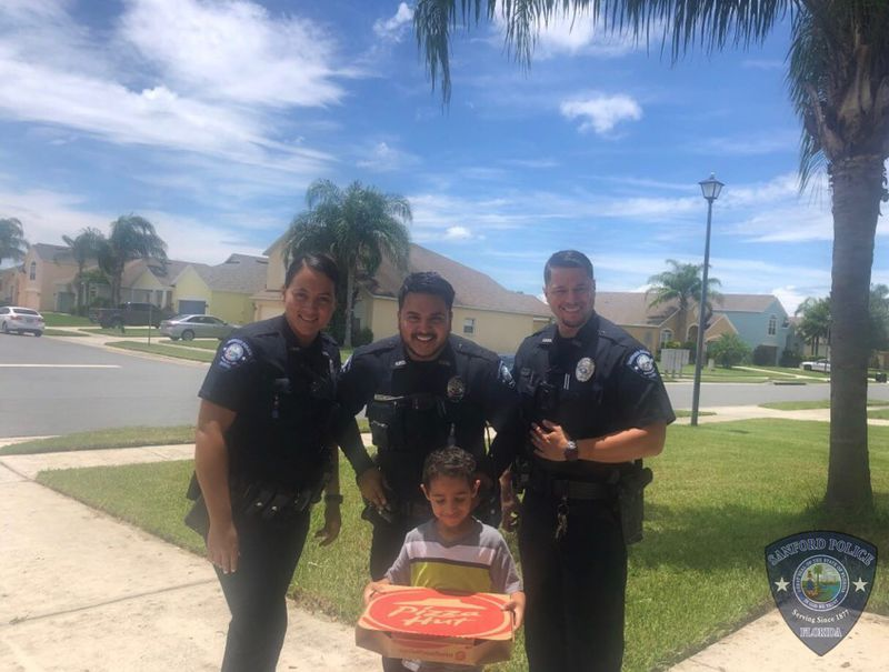 Boy Calls 911 for PIZZA