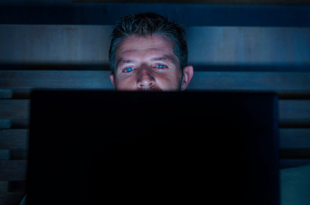 Men Watching More PORN Likely to Suffer Erectile Dysfunction