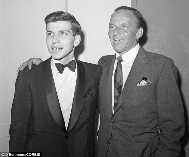 Frank SINATRA Offered $1-M to Son's Kidnappers, They Asked for $240,000
