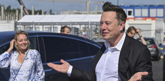 TWITTER Reacts to ELON MUSK Kicking Out Bill Gates as 2nd Wealthiest