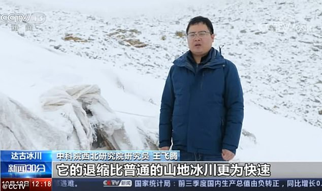 Scientists Put BLANKETS over Endangered Glaciers to Prevent from Melting