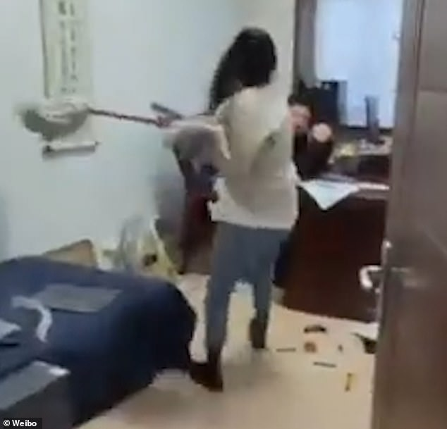 Video of Employee Hitting Boss with a Mop due to HARASSMENT Goes Viral