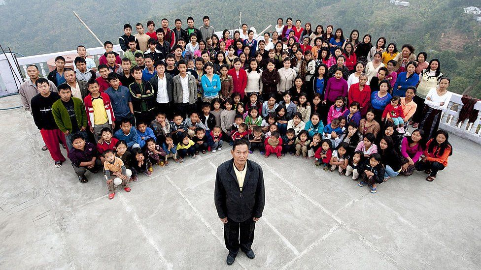 Head of WORLD'S LARGEST FAMILY Dies